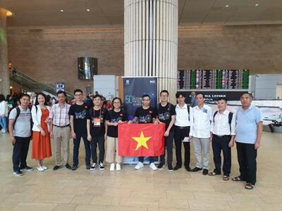 Vietnam wins three gold medals at 50th International Physics Olympiad