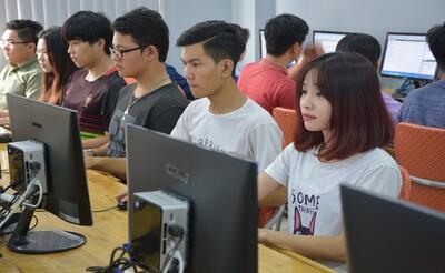 Tại sao ngành công nghệ thông tin hấp dẫn giới trẻ?