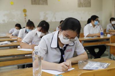 Hơn 45% thí sinh điều chỉnh nguyện vọng xét tuyển đại học.