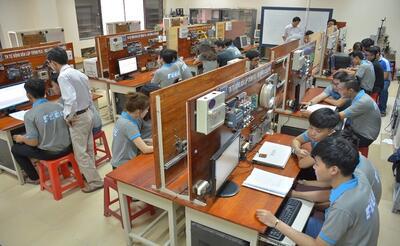 Ngành Công nghệ Kỹ thuật Điện – Điện tử: đa dạng cơ hội nghề nghiệp