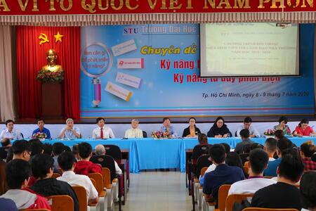 Trường Đại học Công nghệ Sài Gòn tổ chức đối thoại giữa sinh viên và lãnh đạo nhà trường năm 2020