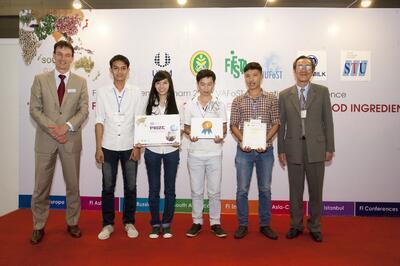 "STU's student won first prize of ""Young Achievers' Safe Food Award 2014"" - YASFA 2014"