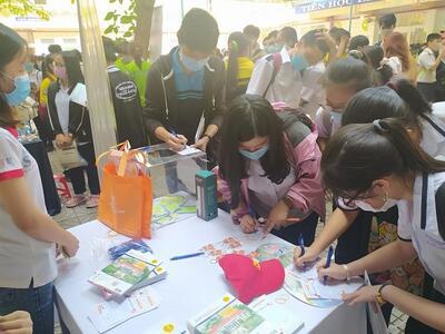 STU cùng chương trình tư vấn Hướng nghiệp - Tuyển sinh Đại học năm 2021 tại trường THPT Bùi Thị Xuân (TP.HCM)